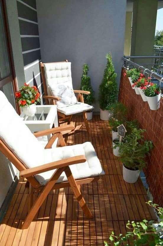 4 φανταστικές ιδέες για να κρατήσετε τα... αδιάκριτα βλέμματα των γειτόνων μακριά απ' το μπαλκόνι σας