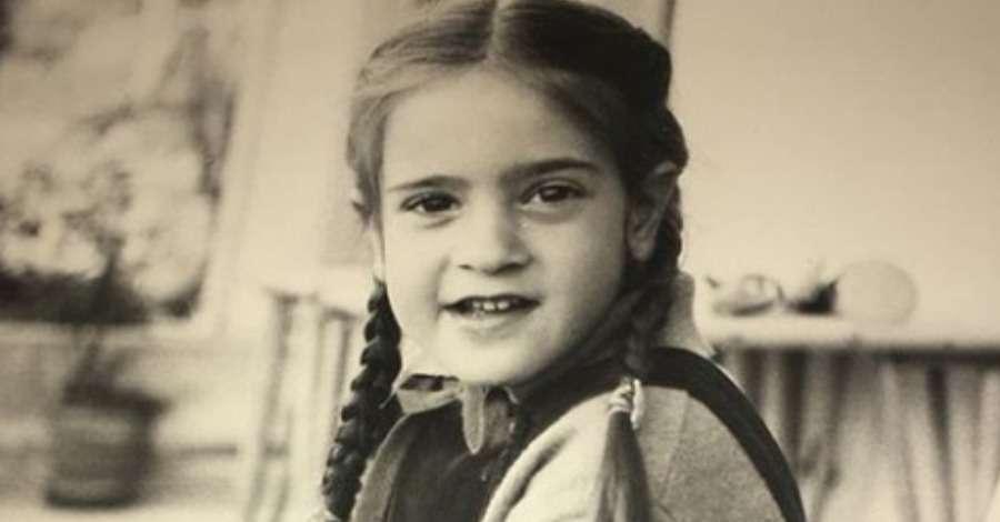 Αναγνωρίζετε το κοrιτsάkι της φωτογραφίας; Είναι αγαπημένη Ηθοποιός που Λατρέψαμε σε πολλές Ελληνικές Σειρές…