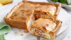 4+1 λαχταριστές και εύκολες πίτες για το κολατσιό στο σχολείο που θα ζήλευε και το καλύτερο κυλικείο!