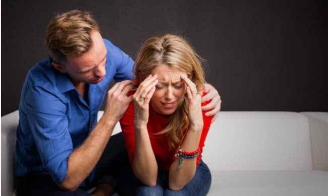 Γνωρίζετε κάποιον που παθαίνει κρίσεις πανικού; Δείτε πως μπορείτε να τον βοηθήσετε!