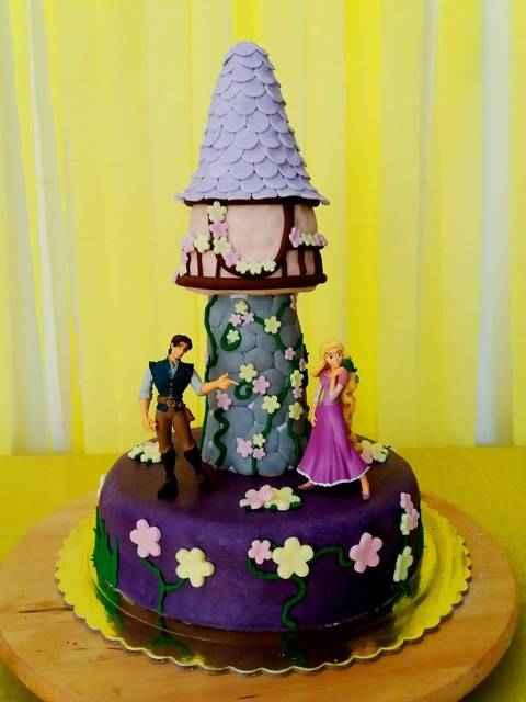 Τούρτα Ραπουνζέλ για τα γενέθλια της μικρής σας πριγκίπισσας!