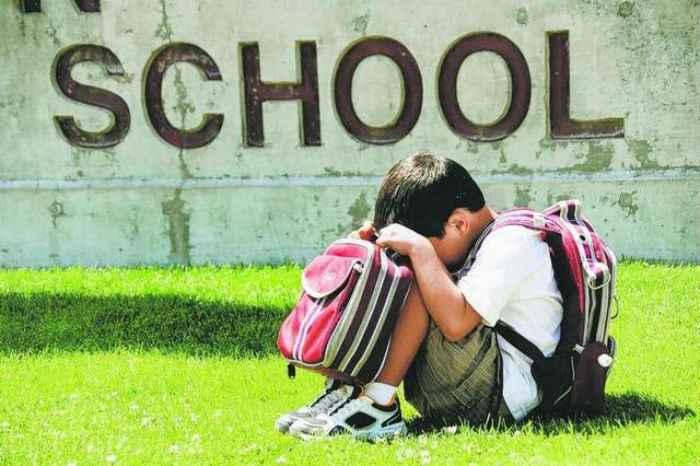 Σχολικό άγχος– Γιατί αγχώνονται τα παιδιά; Τι μπορούν να κάνουν οι γονείς!