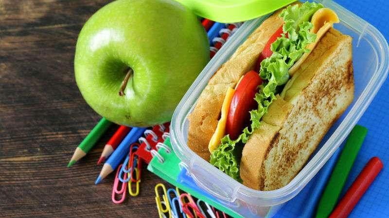 19+1 σπιτικά σνακ για κολατσιό στο σχολείο!