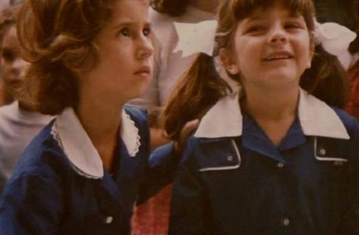 Θυμάσαι τότε που φορούσαμε σχολικές ποδιές;