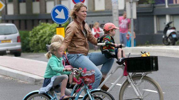 10 λόγοι για να βάλετε μικροί και μεγάλοι στη ζωή σας το ποδήλατο