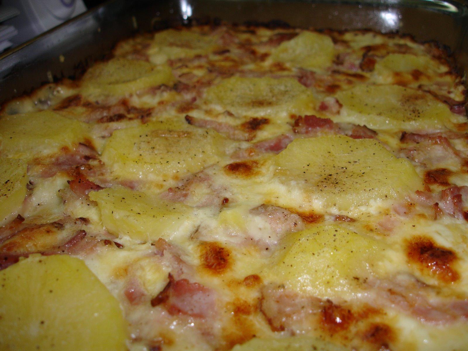 σουφλέ πατάτας με μπέικον και κρέμα γάλακτος,που μπορεί να μπει στην κατάψυξη