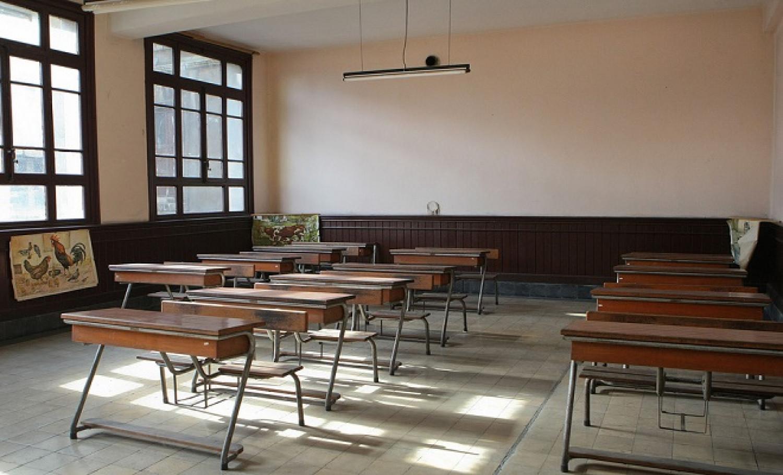 Έφυγε στέγη απο το 2ο δημοτικό σχολείο στο Καματερό εξαιτίας των θυελλωδών ανέμων