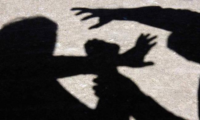 Σοκ στην Άμφισσα: Πατέρας βίαζε την ανήλικη κόρη του με νοητική υστέρηση και την άφησε έγκυο
