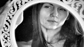 Η Ανθή Βούλγαρη: Έναν χρόνο μετά την επέμβαση όγκου στο κεφάλι δείχνει την τομή και εξομολογείται [εικόνες]