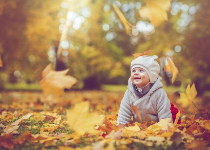 Τα μωρά του Οκτωβρίου: Πέντε κοινά χαρακτηριστικά των φθινοπωρινών μωρών