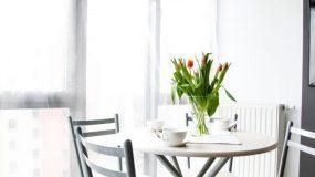 H καρέκλα που αγαπούν οι διακοσμητές -Αναβαθμίζει κάθε δωμάτιο του σπιτιού χαρίζοντας υπέροχο στιλ