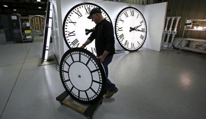 Τι ισχύει τελικά; Πότε αλλάζει η ώρα;