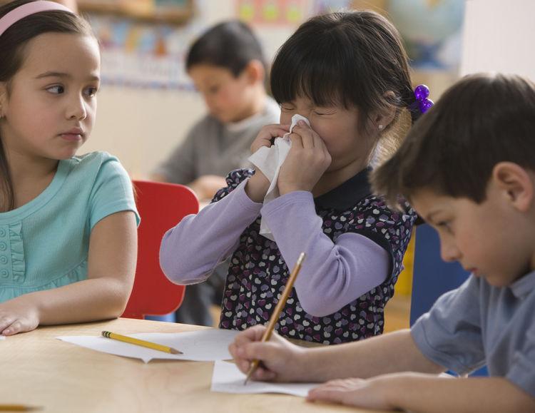 """""""Μην στέλνετε άρρωστα τα παιδιά σας στο σχολείο, κρατήστε τα σπίτι, πριν γίνουν επικίνδυνα για τα υπόλοιπα!"""""""