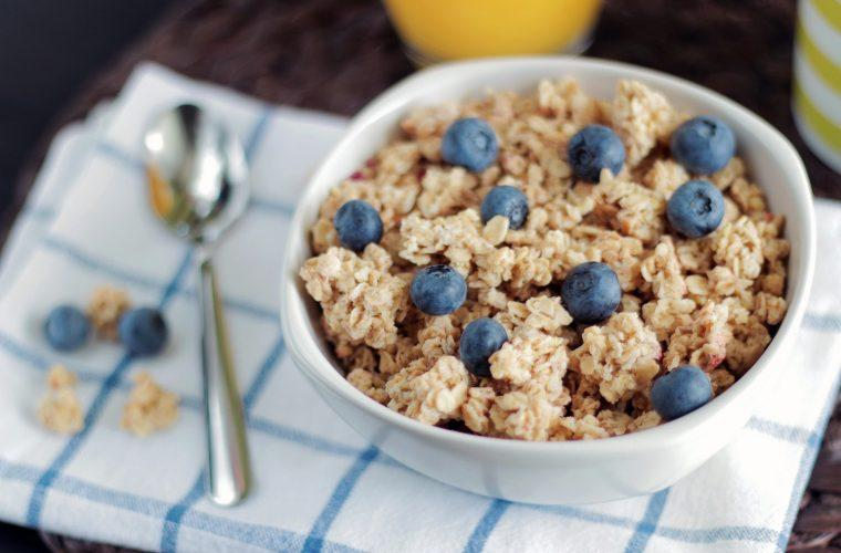 Ανιχνεύτηκε ζιζανιοκτόνο σε 28 είδη δημητριακών: Ποια είναι η ουσία που βρέθηκε σε γνωστά προϊόντα