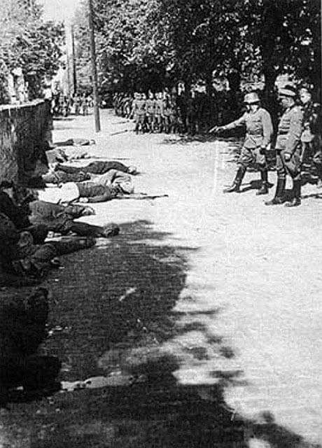 Οι θηριωδίες των Ναζί από το 1945: Σπάνια φωτογραφικά ντοκουμέντα