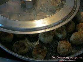 Συνταγές για παιδιά:  Κεφτεδάκια πεντανόστιμα με σιμιγδάλι!
