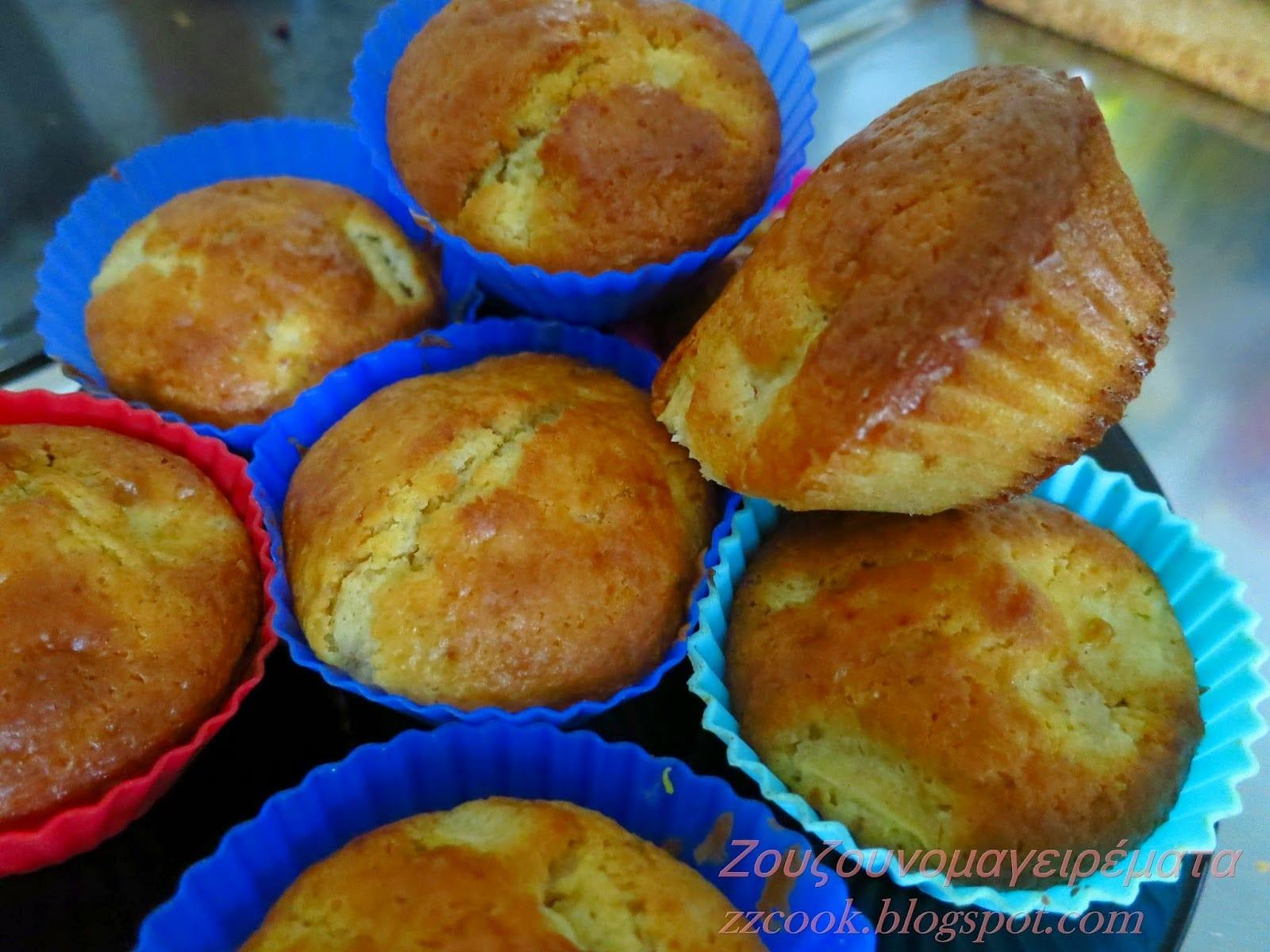 Muffins μήλου εύκολα χωρίς μίξερ για όλες τις ώρες!