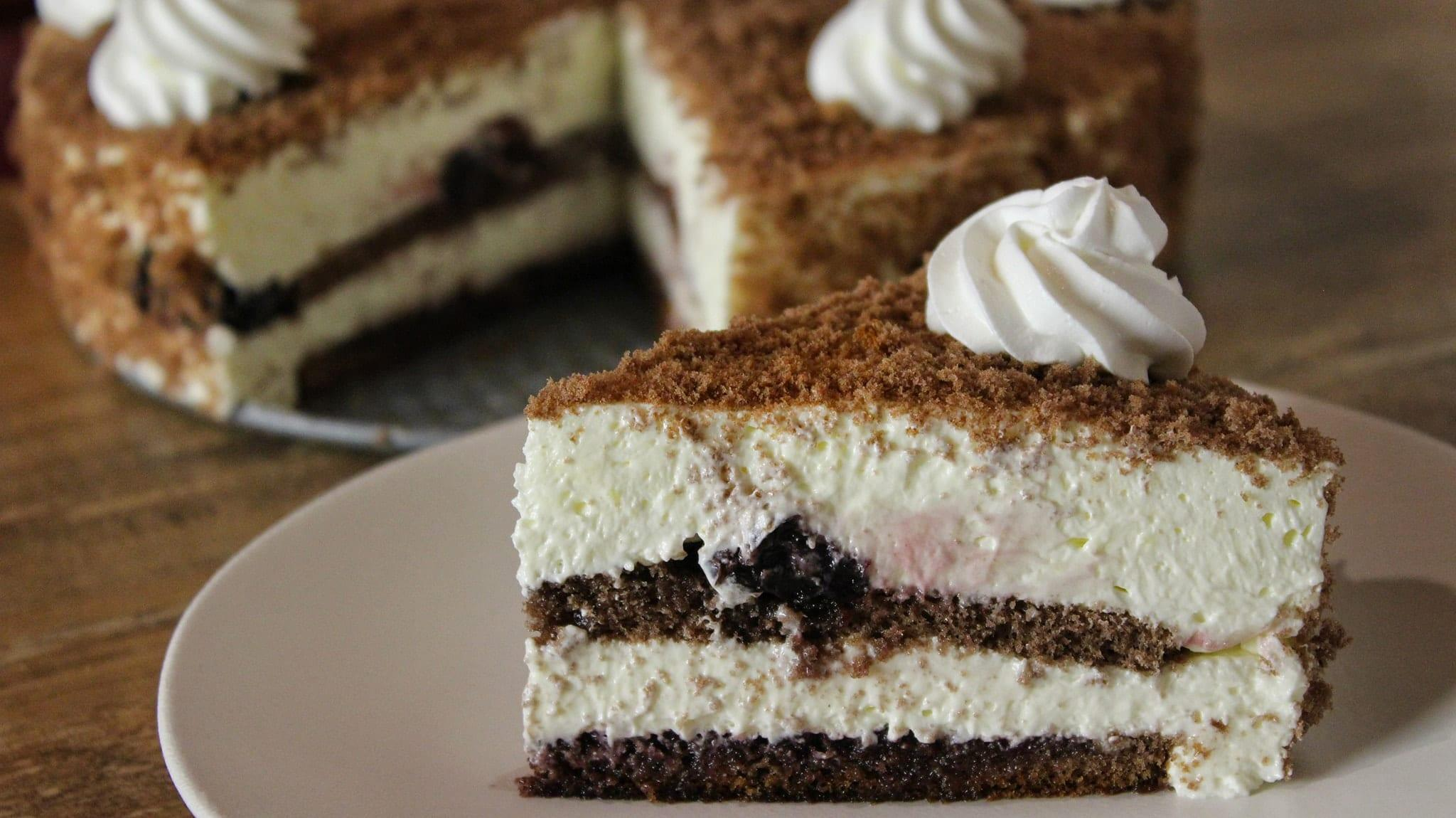 Η κλασική Πάστα Black Forest - Black Forest Cake