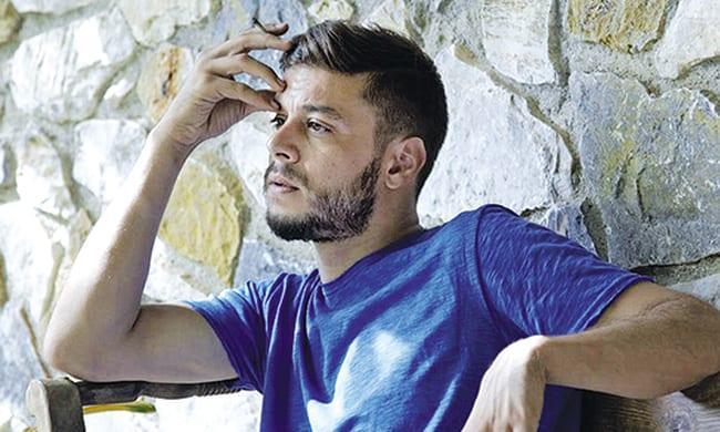 Λεωνίδας Καλφαγιάννης: Τα τελευταία νέα για την κατάσταση της υγείας του, μετά το σοβαρό τροχαίο!