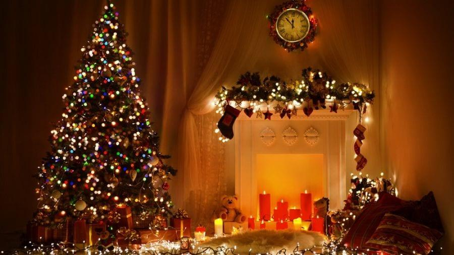 Οι ανθρωποι που στολίζουν από νωρίς για τα Χριστούγεννα είναι πιο ευτυχισμένοι