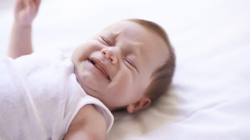 Κλαίει το μωρό και δεν ξέρεις γιατί; 12 λόγοi για τους οποίους μπορεί να κλαίει