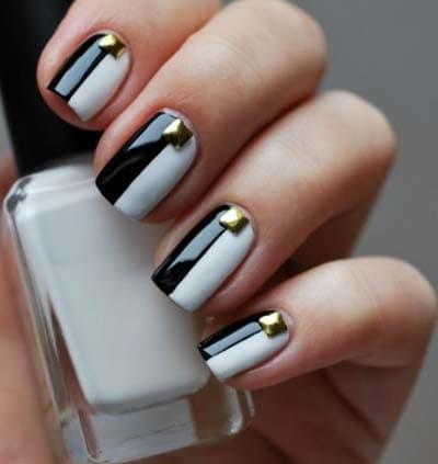 Υπέροχα ασπρόμαυρα σχέδια στα νύχια για εκπληκτικό μανικιούρ και πεντικιούρ!