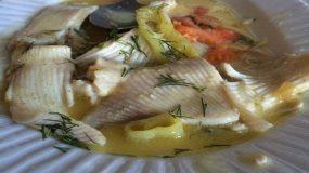 Υγιεινη Ψαρόσουπα με λαχανικά!!!!
