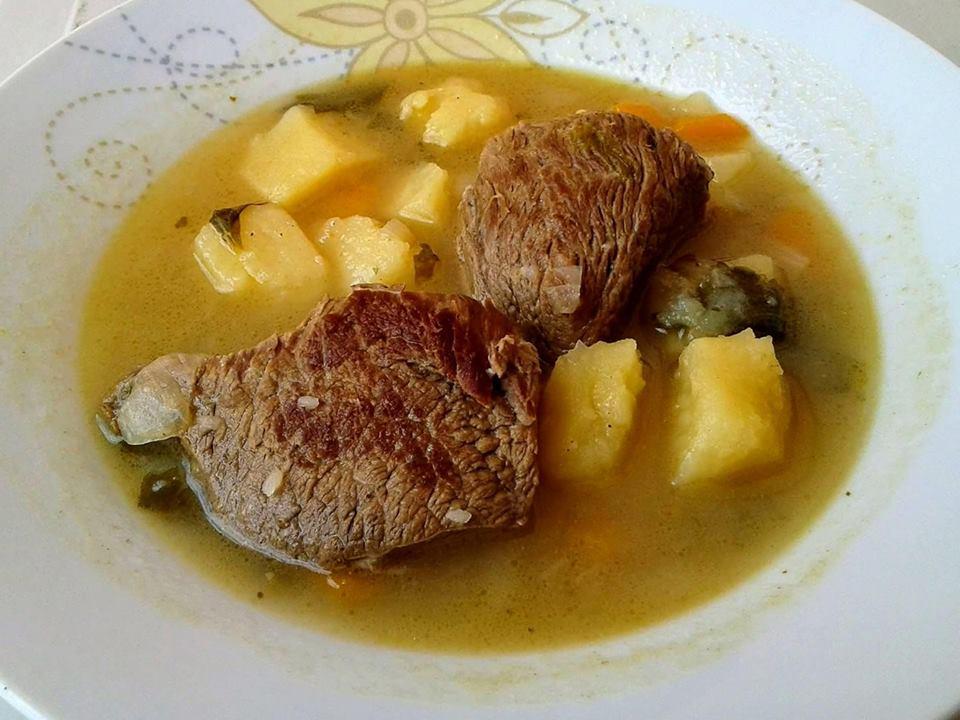 Μοσχάρι σούπα με πατάτες και καρότα !!!