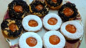 Λατρεμένα μπισκότα βουτύρου με μαρμελάδα