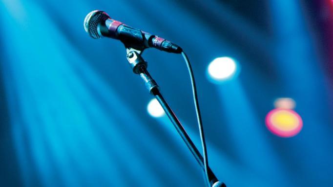Σοk: Πέθανε στα 63 του από ανακοπή καρδιάς γνωστός τραγουδιστής!