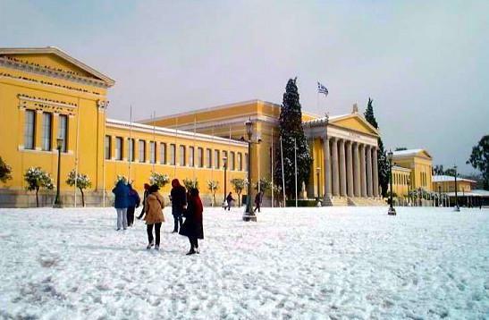 Έρχονται χιονισμένα Χριστούγεννα ακόμα και στην Αθήνα