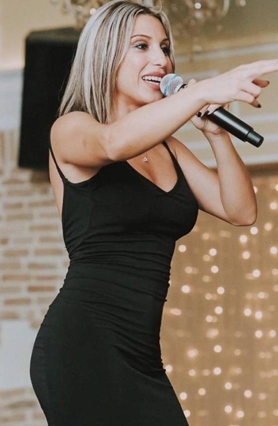 Συγκλονίζει γνωστη Ελληνίδα τραγουδίστρια για τον ξυλοδαρμό που δέχτηκε από σύντροφο της