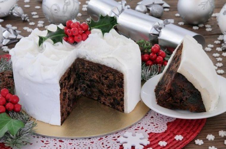 Ούτε μελομακάρονα, ούτε κουραμπιέδες: Αυτό είναι το απόλυτο χριστουγεννιάτικο κέικ