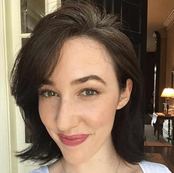 Η νέα μόδα στα μαλλιά λέγεται Grombre και κερδίζει όλο και περισσότερες νέες γυναίκες