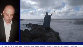 Ανατριχίλα προκαλεί ο πατήρ Κωνσταντίνος που αγιάζει ολομόναχος τα νερά στη Νότια Τουρκία