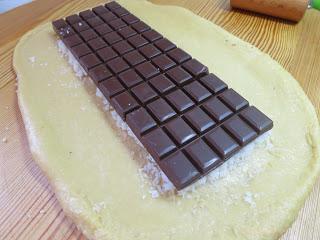 Τσουρέκι με σοκολάτα και ινδοκάρυδο όπως...Toblerone!