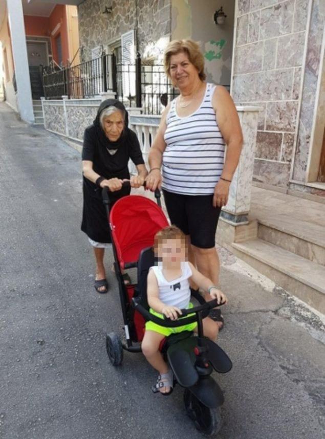 Καλύμνια γιαγιά πάει για ρεκόρ Γκίνες: Εχει 87 δισέγγονα, 50 εγγόνια και 2 τρισέγγονα [εικόνες]