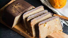 Ανεπανάληπτη συνταγή για Σιμιγδαλένιο χαλβά με σοκολάτα και πορτοκάλι.