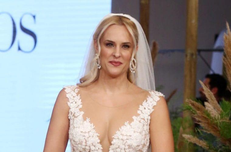 Έλενα Ασημακοπούλου: Λαμπερή νύφη με παρανυφάκι την κόρη της Μαρία Ροζάρια (εικόνες)