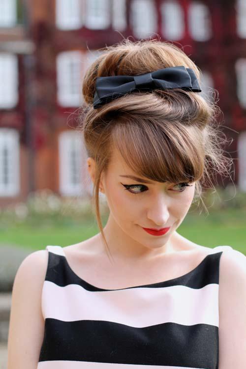 Χτενίσματα με κορδέλα: Ιδέες για κάθε μήκος μαλλιών και περίσταση