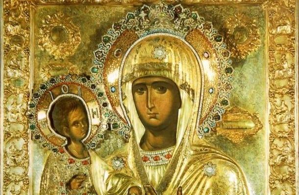 Η θαυμαστή εικόνα της Παναγίας με τα τρία χέρια!