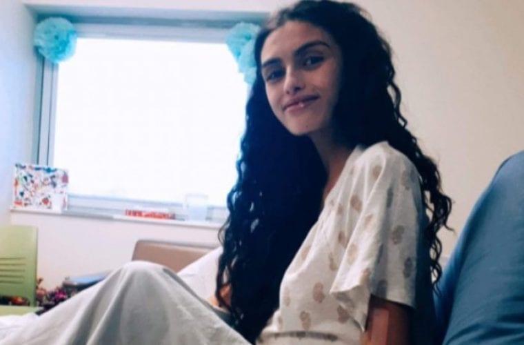 Δεκαεννιάχρονη καθυστέρησε τις χημειοθεραπείες για να γεννήσει τον γιο της και πέθαναν με λίγες μέρες διαφορά (εικόνες)