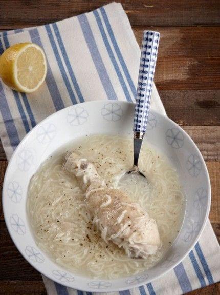 Χυλωμένη κοτόσουπα με δύο ΜΟΝΟ υλικά!!