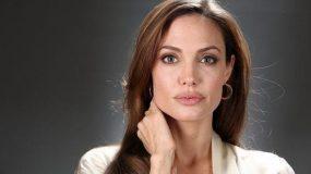 Η Angelina Jolie στα 16 της είναι ίδια με την κόρη της