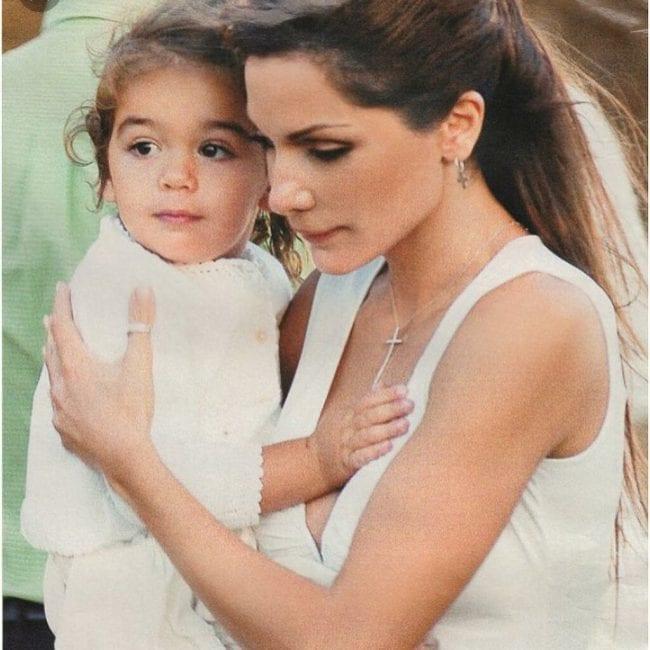 Η Δέσποινα Βανδή μας δείχνει για πρώτη φορά το πρόσωπο της κόρη της Μελίνας