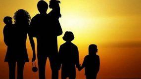 Βάσια Σαραντοπούλου - Ρόλοι μέσα σε δυσλειτουργικές οικογένειες