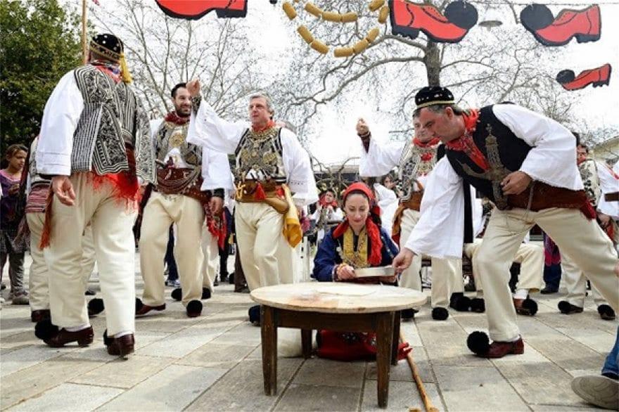 Τα έθιμα της Καθαράς Δευτέρας ανά την Ελλάδα