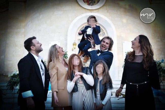 Νονός ο Γιάννης Πλούταρχος- Δείτε ποιανού τον γιο βάφτισε