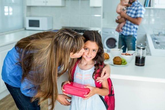 Διαιτολόγος συμβουλεύει να βάζουμε πάντα ένα γλυκό στο ταπεράκι των παιδιών
