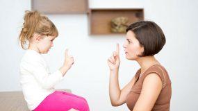 4 κανόνες που πρέπει να θέσετε σε όποιον φροντίζει το παιδί σας